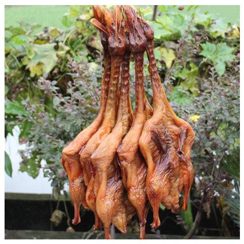 【年货节特卖】美农大叔 四川特产农家自制腊板鸭整只约600克
